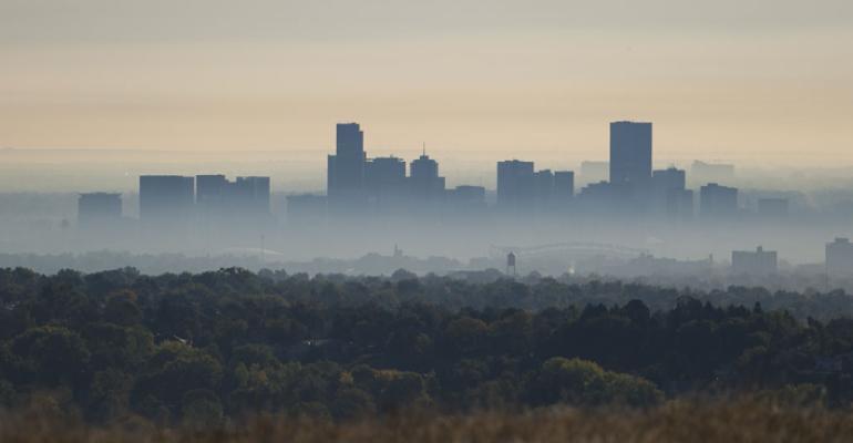 smog surrounds U.S. west
