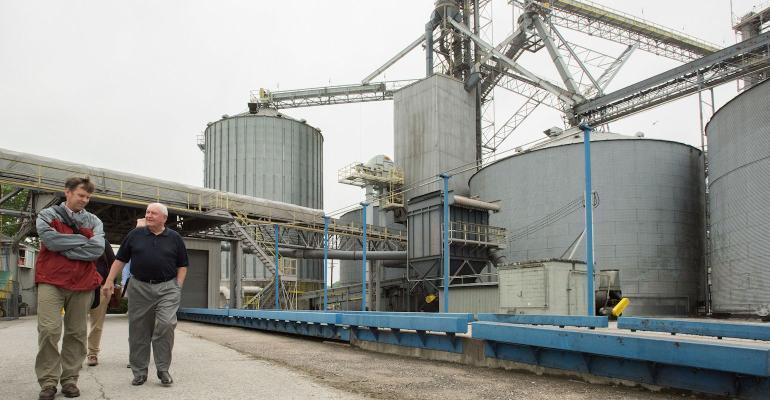Ag Secretary Perdue and USDA Chief Economist Johansson tour grain facility