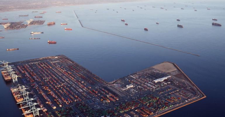 Port backups GettyImages-1341617364.jpg