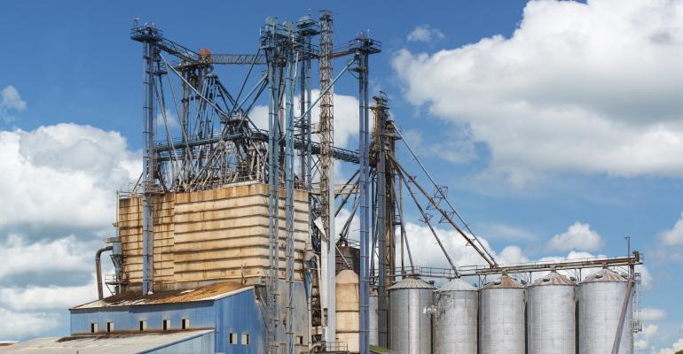 feed mill in Texas_DaveMcDPhoto_iStock_Thinkstock-502663294.jpg