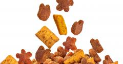dog food kibble_shutterstock_131682431.jpg